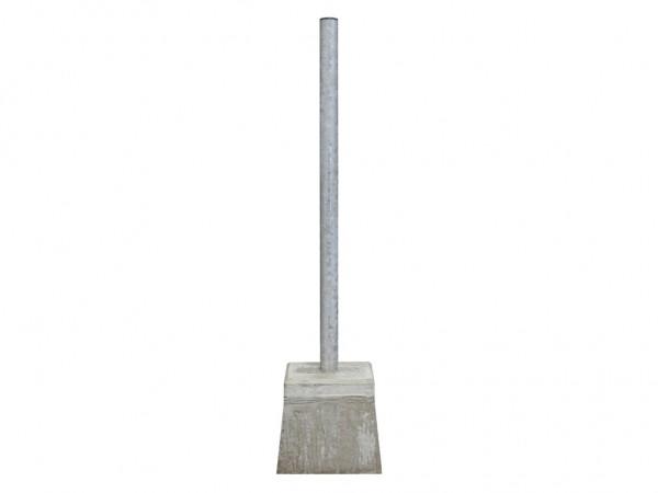 Paal met betonpoer - voor afvalbakken